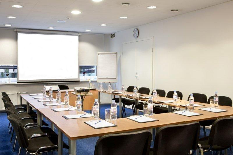Private-Conference-Rooms
